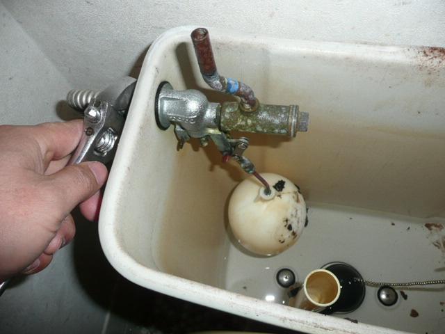 トイレタンク部品ボールタップ