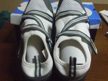 プール用の靴
