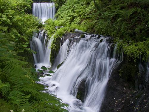 白糸の滝 下流の滝-500