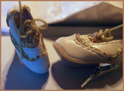 Vshoes.jpg