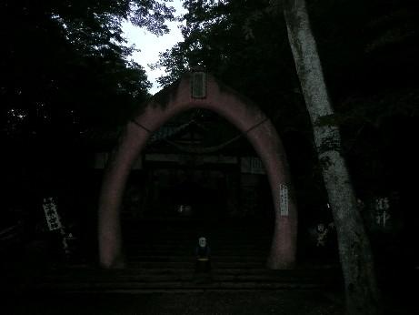 桃太郎神社境内