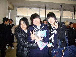 桃子卒業式2