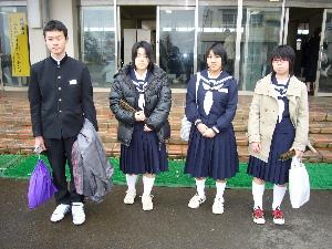 桃子卒業式3