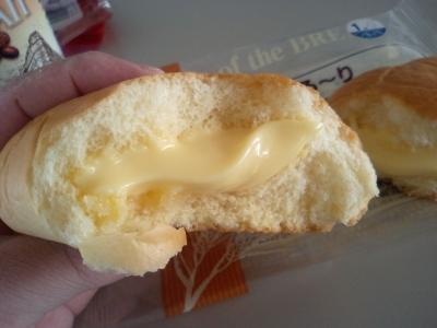 神戸屋のクリームパン