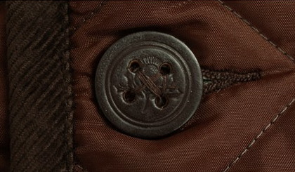 GRENROYAL製のレザーボタン