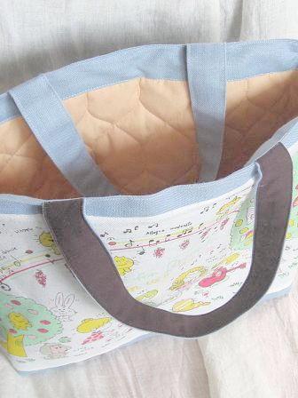 ④水森亜土ちゃんのトートバッグ 上から