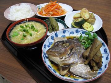 天然真鯛とごぼうの炊き合わせ