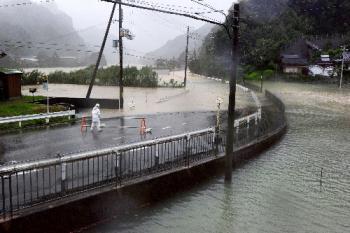 台風12号 2011.09.04-01