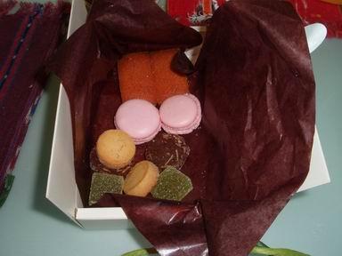 お土産菓子