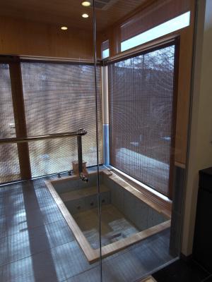 ヨー邸浴室2