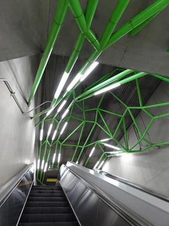 大江戸線飯田橋駅5