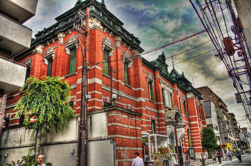IMG_2547_8_9_tonemapped.jpeg