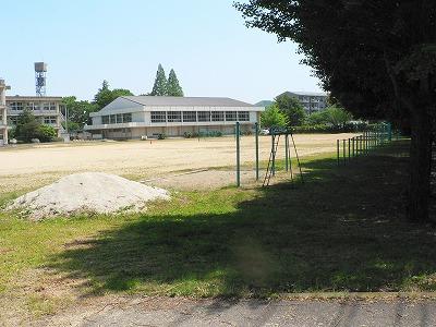 久保田の母校第2中学校校庭