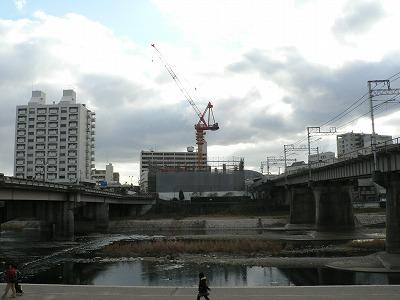 南口マンション開発進む武庫川沿い