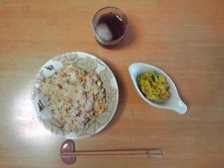 炒飯とかぼちゃサラダ