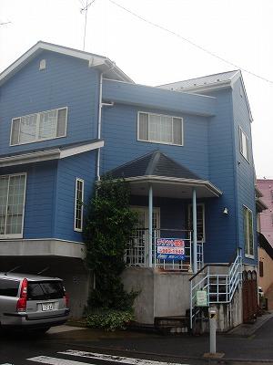 松風台の青い家
