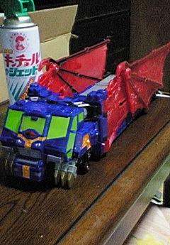 ナゾの大型トレーラー