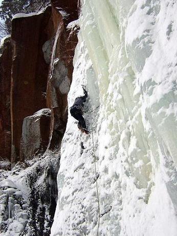 七賢峰の滝-2