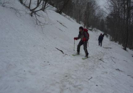 スキー滑降