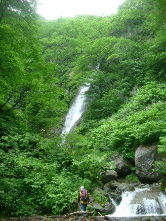 姿を現した大滝