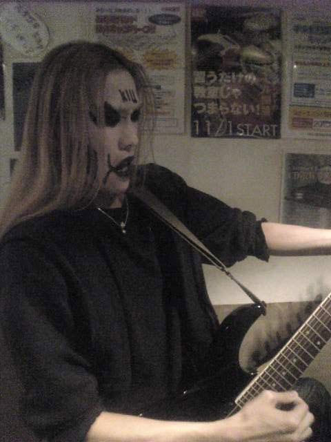 弾けないギター