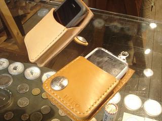 近未来型多目的電話ケース