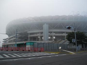 鹿島スタジアム・・・濃霧!