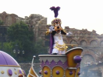 グーフィーは紫~!