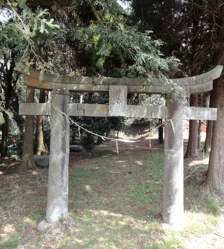 230327 郡塚神社24