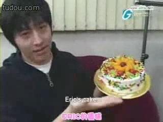 Shinhwa - Eric`s birthday (ENG SUB).flv_000218840