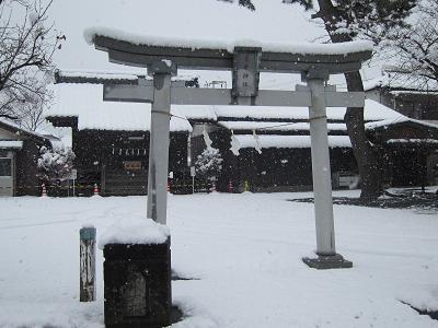 IMG_4473 10 菅原神社も雪に