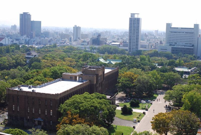 大阪城からの眺め3