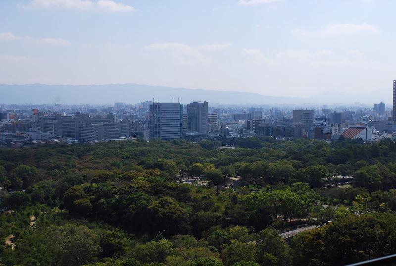 大阪城からの眺め6