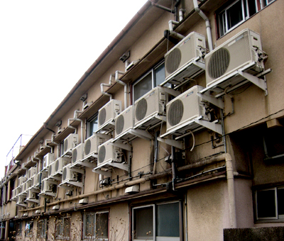 エアコンアパート01