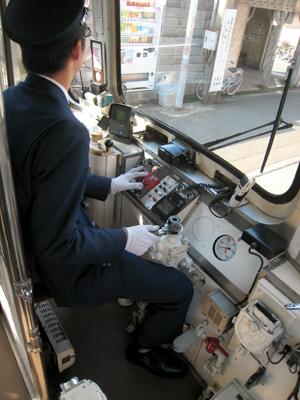 阪堺電車運転席01