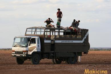 ケニア トラック