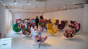 ブログ用椅子色とりどり
