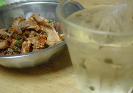 ガツキムチと山椒梅酒