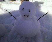 080315スキー場で雪だるま