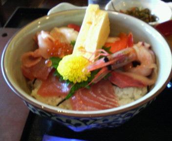 090720⑦お昼は海鮮丼.jpg