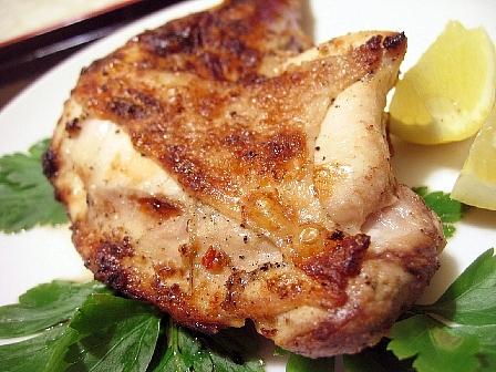 炭焼きが最高★鶏肉のニンニクレモン焼