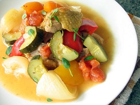 鶏と夏野菜の煮込みレモン風味