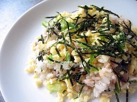 ツナときゅうりの混ぜ寿司