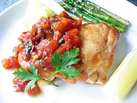 鶏のソテー和風トマトチャツネソース