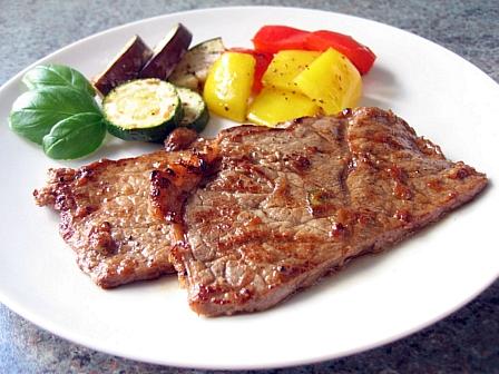 牛肉の柔らかマリネ焼き