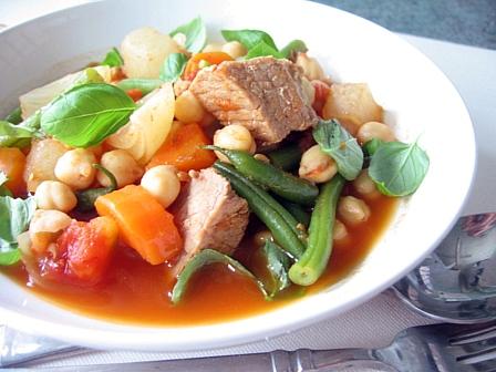 塩豚とひよこ豆のトマト煮