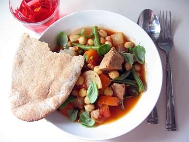 塩豚とひよこ豆のトマト煮2