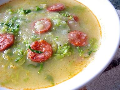 キャベツとじゃがいものポルトガル風スープ(カルド・ベルデ)2
