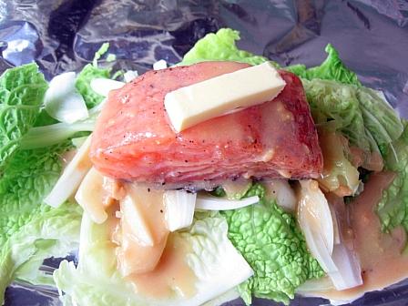 鮭のちゃんちゃん風味噌バターホイル焼き