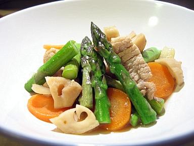 豚肉、レンコン、アスパラガスの炒め煮